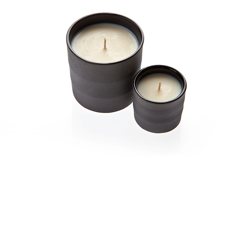 Nancy-Candle-black